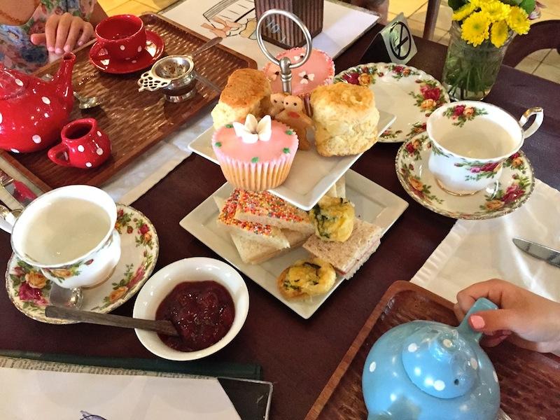 Teatime at Biku